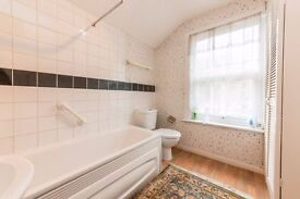 BROADWAY AVENUE: VERY SPACIOUS, GREAT PRICE, PRIVATE GARDEN