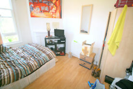 NICE DOUBLE FOR SINGLE PERSON - LUXURY FLAT - TURNPIKE LANE