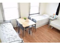 Large twin room in Streatham. Available from 01/08