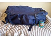 Massive luggage holdall, very good condition