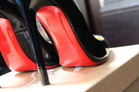 Christian Louboutin So Kate 120mm Pigalle Patent Size 38.5