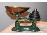 Vintage Kitchen Scales - Green - with weights