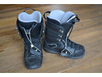 Mens size 8 and Womens size 7.5 Rome SDS Snowbaord boots
