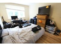 CLOSE TO ALL SHOPS, AMENITIES, 2 DOUBLE BEDROOMS