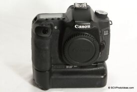 Canon 50D body + battery grip + extra battery