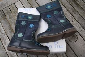Girls' Piccola Piu Boots - Size 26 - almost new!