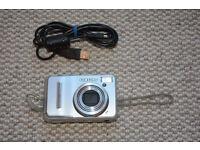 Samsung S1060 digital camera with case