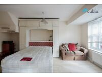Massive 5 bedroom house with 2 bathrooms, 3 toilets, garden and parking in SE1 - Zone 1