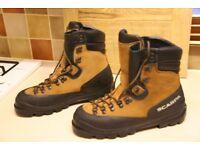 Scarpa Manta climbing boots. Size 44.