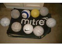 footballs size 4 plus large bag