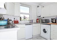 Ravensbury Road - Two bedroom flat to rent in Earlsfield