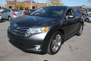 2011 Toyota Venza XLE  LEATHER PANO ROOF 
