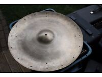 5-Star Super Zyn China cymbal - England - '60s- Rivet holes