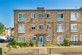 1 bedroom flat in Heather Lodge, London, N16 (1 bed) (#1107018)