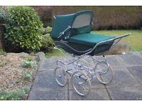 Kensington Green Silver Cross Pram + Basket + Canope