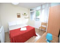 Lovely Cosy Double Room With Private Balcony Next to Shadwell Dlr**SHARED FLAT**