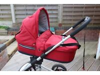 Travel System Pushchair Mutsy 4Rider Light Carrycot, Chassis, Stroller, Carseat-Adaptor & Buggyboard