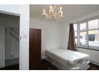 AMAZING PRICE FOR A ROOM FOR 2 PEOPLE!!!