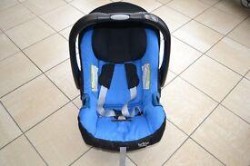 Britax BabySafe car seat with ISOFix base