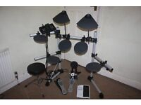 Yamaha DTX500 Electronic Drum Kit including 5 Piece Drums + 2 Cymbals + Hi-Hat + Headphones + Stool