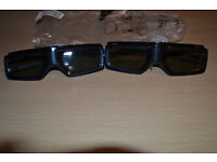 Sony TDG-BT400A Active 3D Glasses (2 Included)
