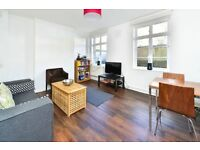 Great Percy Street, Cable house, Islington WC1X 9QT - 2 Double bedroom flat to rent - lloyd Baker
