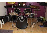 Pearl Forum Series full Drum Kit