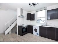 Good sized three bedroom split level flat on Freelands Road in Bromley