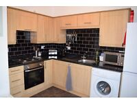 2 bedroom holiday apartment for rent for Christmas Market Trader (Includes private parking)