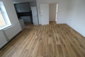 STUNNING BRAND NEWLY REFURBISHED 4 DOUBLE BEDROOM FLAT & FREE PARKING NR TUBE, TRAIN & 24 HR BUSES