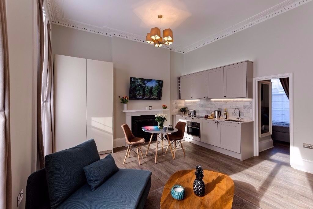 Price dropped !WOW ! Outstanding gorgeous one bedroom flat in Marylebone ! Wifi and bills included !