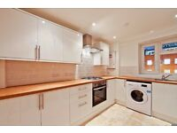 BRAND NEW REFURBISHED 3 BED VERY CLOSE TO BOROUGH TUBE, ONLY £475 PER WEEK!!!!!!!!