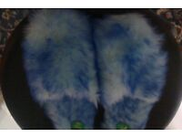 Ladies St Micheals Vintage Fluffy Slippers ( In New Condition ) Size Small
