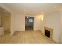 Modern Luxury One Double Bedroom flat with large living room and amazing kitchen in Islington N1