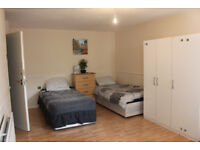 Twin Single Room for Rent in Poplar E14. 3 Minutes from Langdon Park DLR Station! ALL BILLS INCLUDED