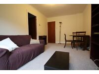 A VERY SPACIOUS ONE (1) BED/BEDROOM FLAT - CAMDEN - NW1