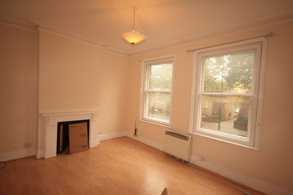 Modern and spacious 1 bed flat - Oval - £1150pcm