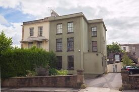 Bright and airy two bedroom ground floor flat available in Clifton,
