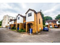 *** 3 Double Bedroom House On Private Road Opposite Peckham Rye Park, Just Decorated Throughout ***