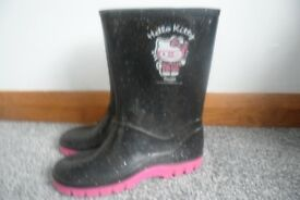 Girls hello kitty wellies size 2