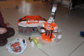 HEXBUG Nano v2 Helix180 plus HexBug Nano Hive