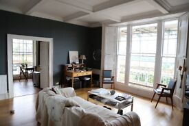Room To Rent In Stylish Flat In Clifton Village