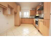 2 bedroom house in Hazelmere Court, Hendon, NW4