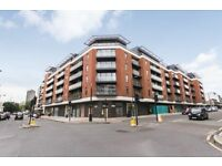 Stunning 2 Double Bedroom Apartment Situated In a Modern Development With On-site Porter.