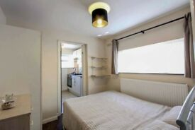 Gorgeous Studio Flat Available in Leyton