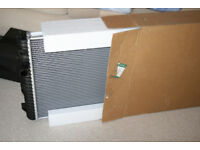 Land Rover Discovery 2 Radiator 4.0 V8 - Brand New in Box. PCC000650. 1998-04