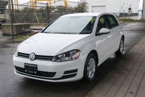 2015 Volkswagen Golf Turbo Hatchback! Low KM. Langley