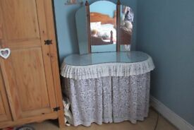 Unusual and pretty Child's dressing table