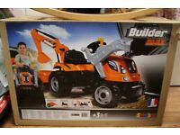 Brand New Smoby Builder Max Ride On Tractor & Trailer