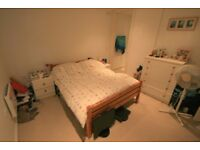 Room to rent in Airpoint Development, Bedminster